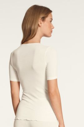 True Confidence woolsilk t-shirt Cream