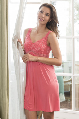 Lace nightdress Coral